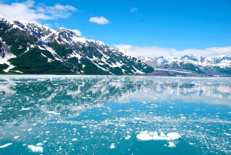How To Pack & Plan for A Perfect Alaskan Winter Vacation