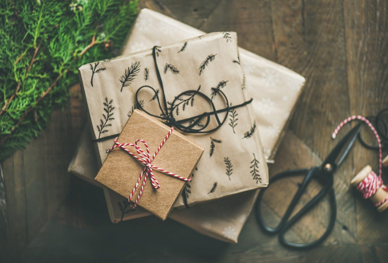 Fabulous Gift Inspiration for the Traveler in Your Life