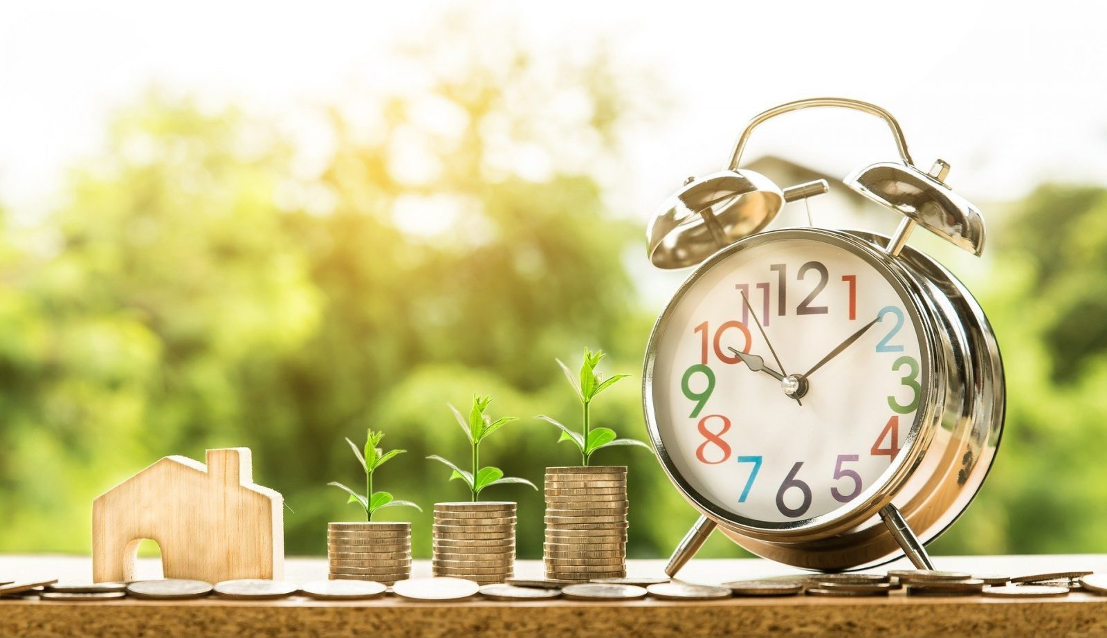Make Money Quickly during government shutdown clock with money